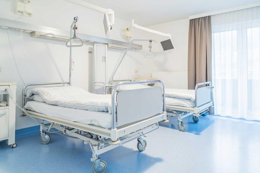 Aufmesser (Radstadt) Zimmer mit Krankenbetten