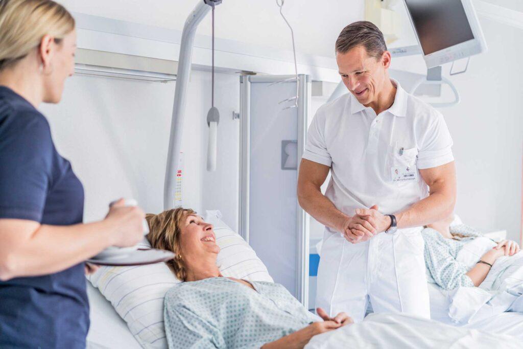 Krankenzimmer - Sportklinik Dr. Aufmesser
