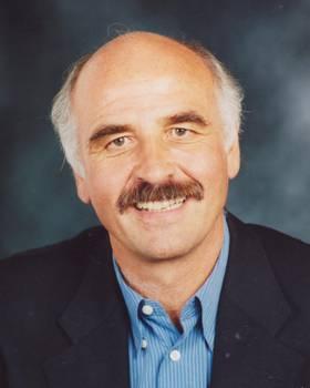 Dr. Artur Trost
